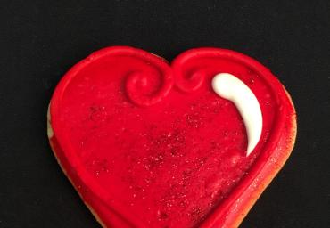 Holiday Decorated Cookie- Red Heart