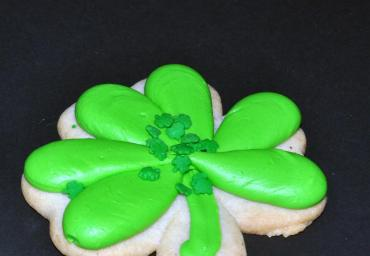 Holiday Decorated Cookie- Shamrock