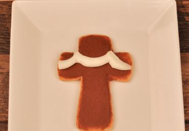 Cross Cookie