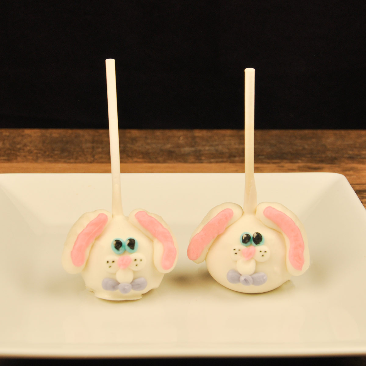 Easter Cake Pop- Bunny