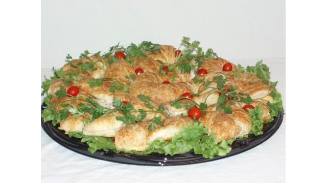 "Croissant Sandwich Tray 18"""