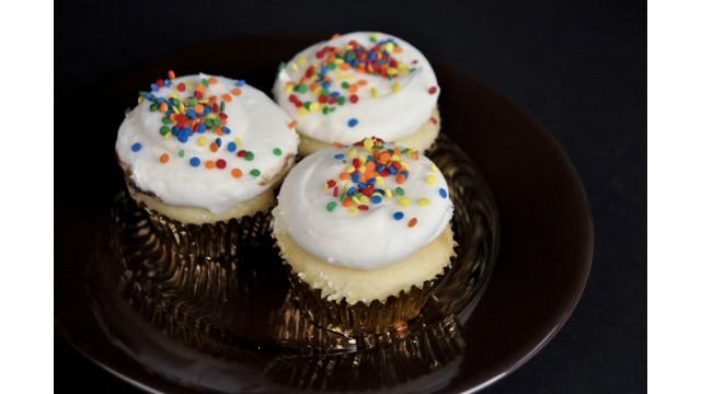Cupcake, Vanilla Sprinkle