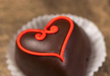 Chocolate Heart Petit Four